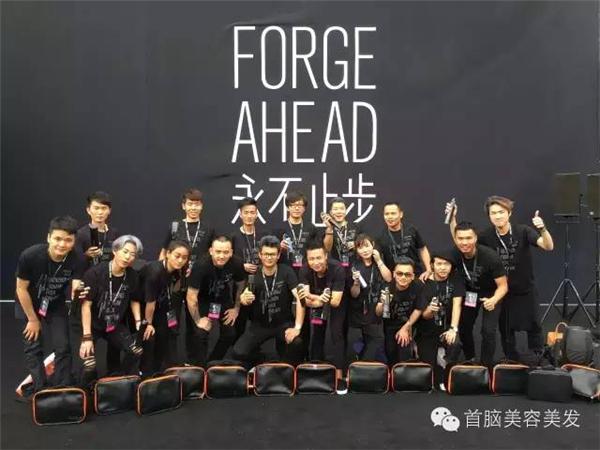 各大媒体报道2016深圳时装周首脑化妆造型团队!