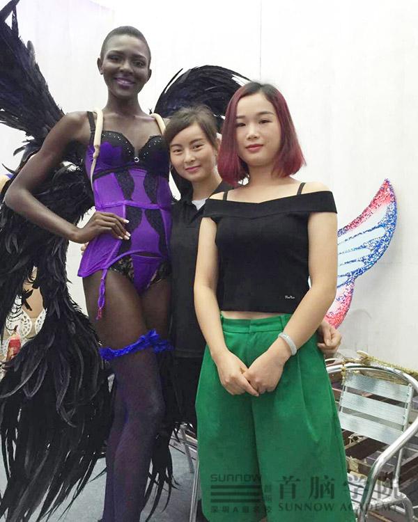 首脑学院助美第28届世界模特小姐大赛启动仪式