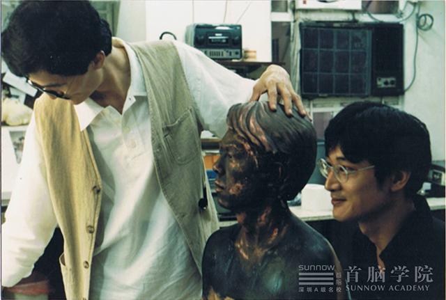 特约首脑学院特技塑型化妆老师
