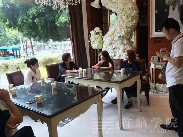 深圳首脑美容美发化妆培训学院