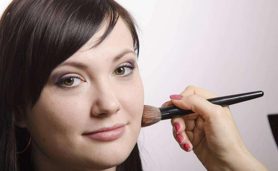 时尚化妆造型师班课程