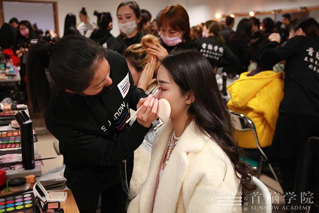 化妆美容培训学校