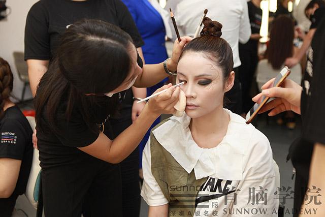 长沙有专业的化妆培训学校吗