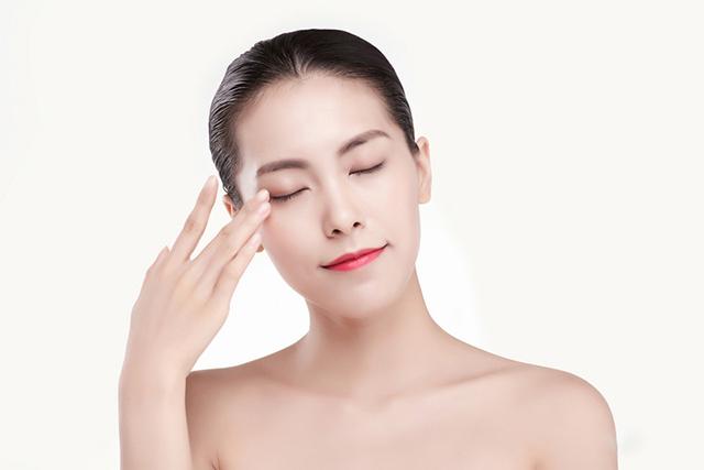 深圳比较好的化妆培训学校在哪里