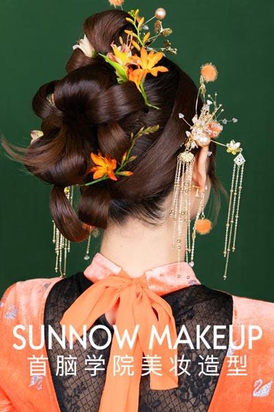 当化妆师怎么样