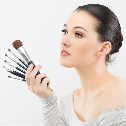 学化妆学费大概需要多少