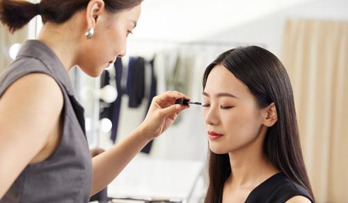深圳选择专业化妆培训学校